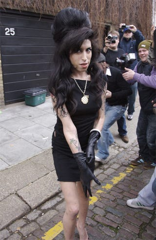 Illustration for article titled Amy Winehouse Preps For Visit To Perp