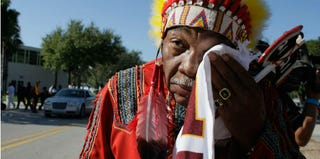 Washington Redskins unofficial mascot Zema Williams, known as Chief Zee, in 2007 (Joe Raedle/Getty Images)