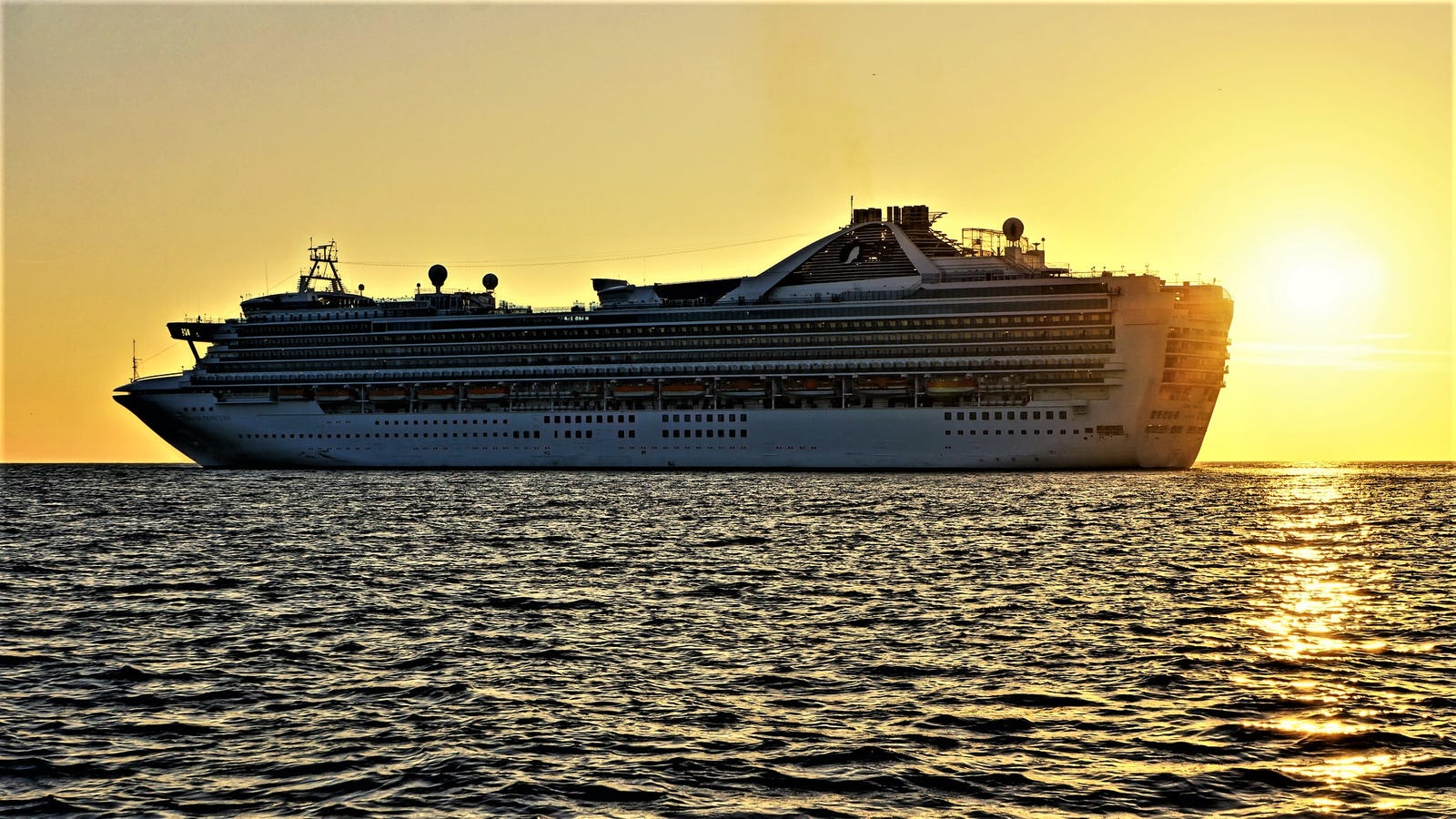 How To Avoid Getting Sick On A Cruise Ship