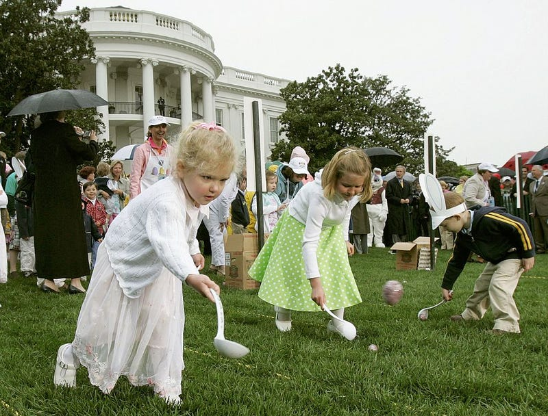 Children at the White House Easter Egg Roll in 2006 during President George W. Bush's administration (Mark Wilson/Getty Images)