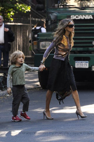 Illustration for article titled Sarah Jessica Parker & Son: Someone's Late For School