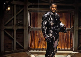 Illustration for article titled Pacific Rim Idris Elba Picture