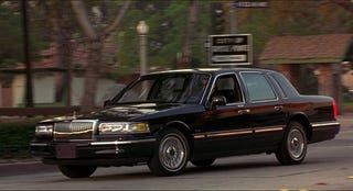 Illustration for article titled 1997 Lincoln Town Car: Large Scale Justification