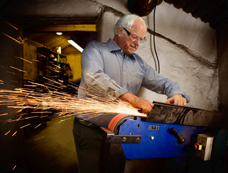 Illustration for article titled Bernie Sanders Fills In For Factory Worker Unable To Take Time Off To Vote