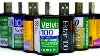 Illustration for article titled Store More Than 36 Photos on These Film Roll USB Sticks