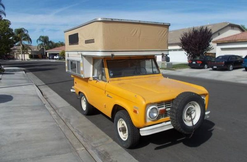 Illustration for article titled For $21,500, You Could Live In This 1970 Ford Bronco