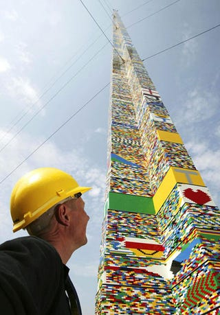 Illustration for article titled World's Tallest Lego Tower Reaches 10096.13-Foot Mark