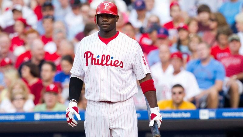 Illustration for article titled Ryan Howard Asks Teammates If They Ever Noticed How Realistic Crowd Looks