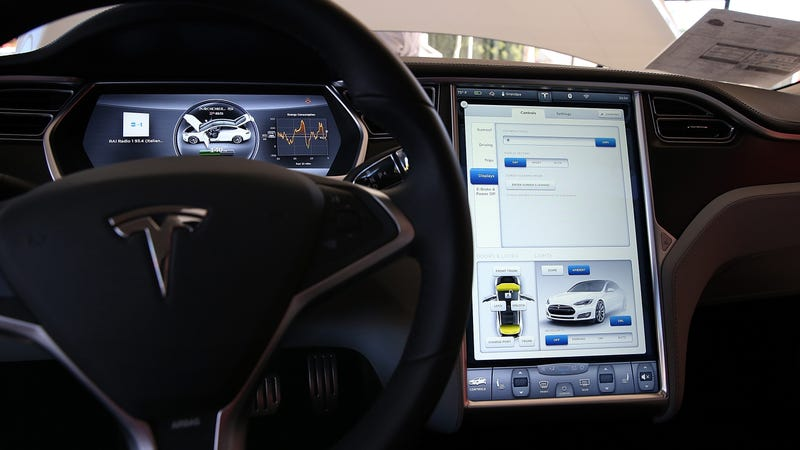 Illustration for article titled It Sure Looks Like the Tesla Driver Was Watching Harry Potter Before Fatal Crash