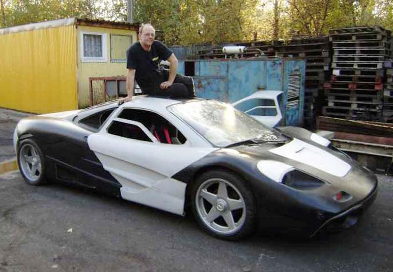 polish man building mclaren f1 super car in garage. Black Bedroom Furniture Sets. Home Design Ideas