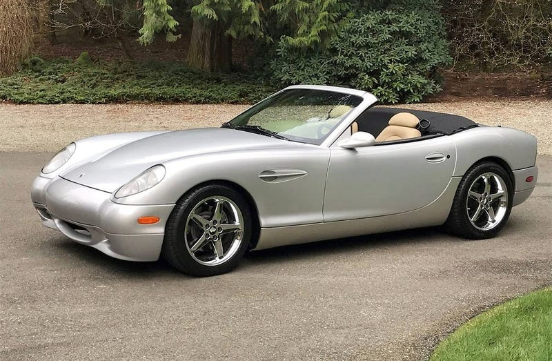 Illustration for article titled At $32,500, Might You Aspire to This 2002 Panoz Esperante?