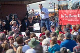 Republican presidential candidate Sen. Ted Cruz of Texas speaks to visitors at the Iowa State Fair  Aug. 21, 2015, in Des Moines, Iowa.Scott Olson/Getty Images