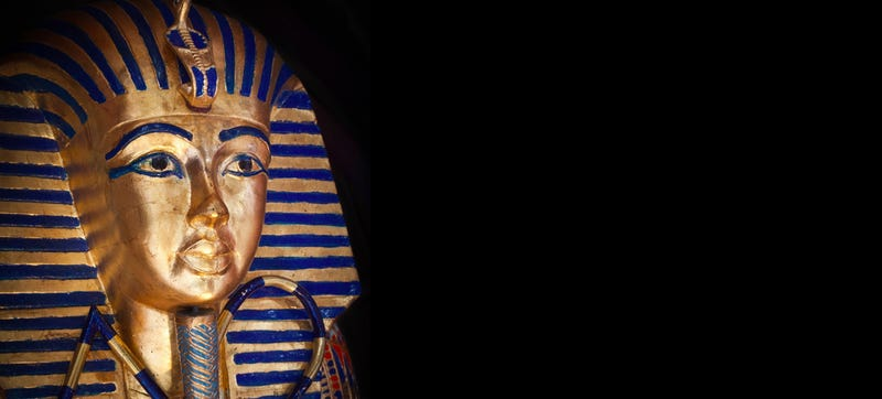 Illustration for article titled Egypt Sends Eight Museum Staff to Trial Over Botched King Tut Repair