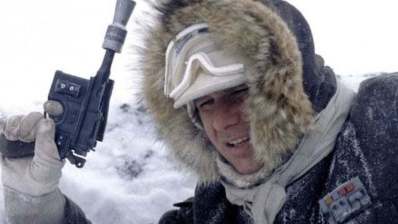 Illustration for article titled New video reignites debate over whether Han Solo's coat is blue or brown