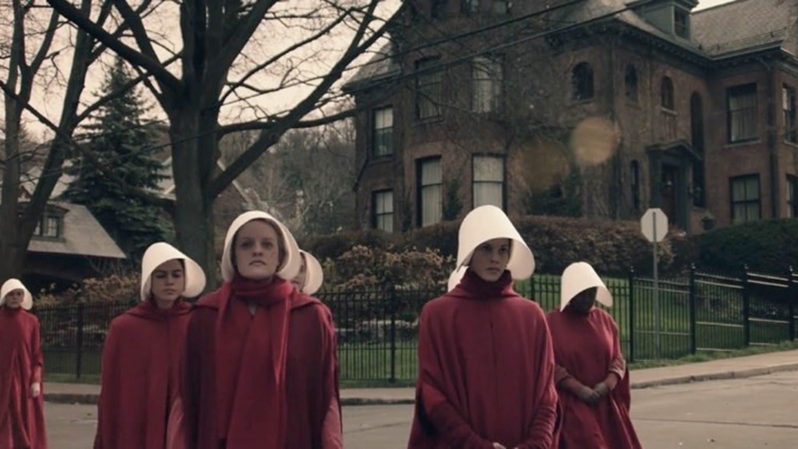If You Love The Handmaid's Tale, Check Out These 10 Other Works of Feminist Science Fiction