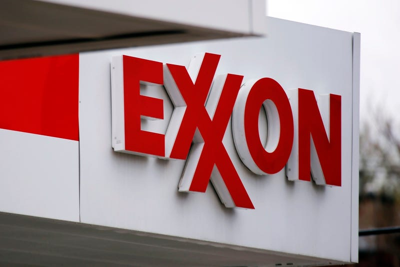 Illustration for article titled Amazon and Facebook Just Knocked Exxon Off Its Throne