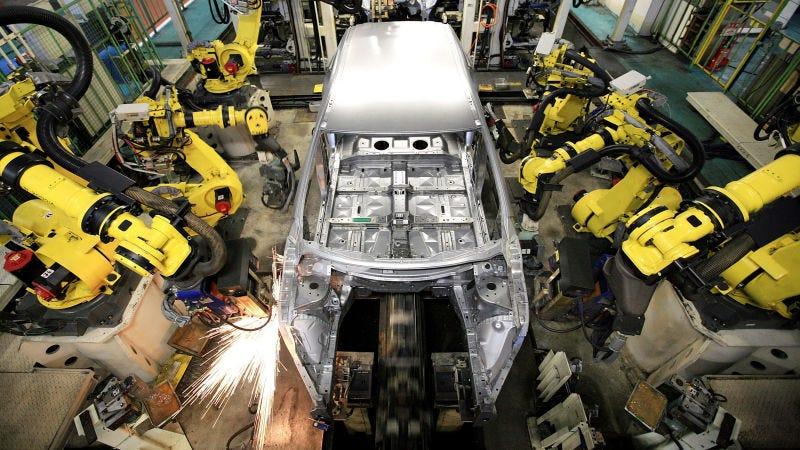 Illustration for article titled At Mercedes, Humans Take Robots' Jobs