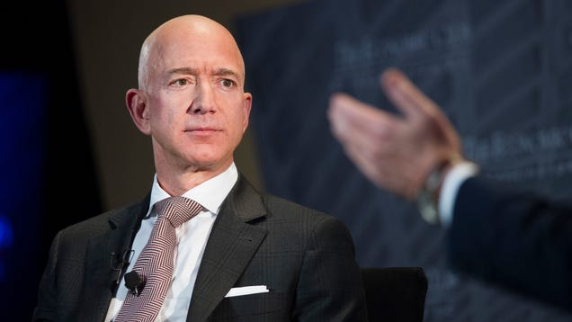Report: National Enquirer Publisher Paid Jeff Bezos s Lover s Brother $200,000 for Bezos Dick Pics