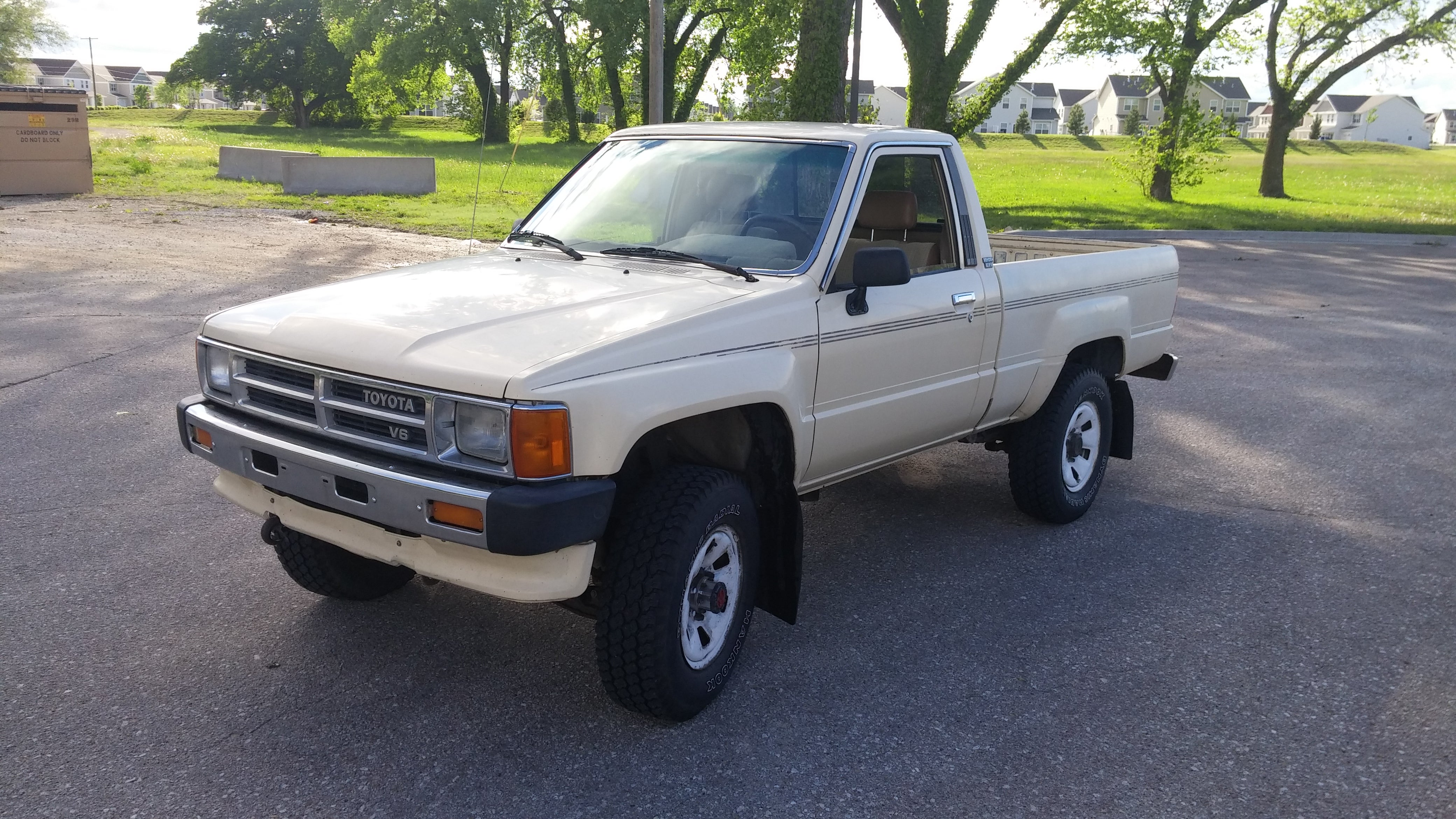 here s exactly what it cost to buy and repair an old toyota pickup truck rh jalopnik com All Toyota Trucks Toyota Truck Mountain Rescue