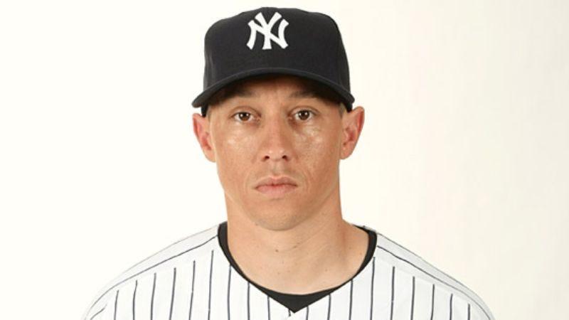 Illustration for article titled Yankees' Backup 3rd Baseman Woken Up