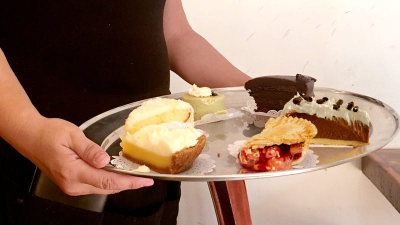 Illustration for article titled Waitress Parades Choice Of Pie Slices In Front Of Man Like Madam In High-Class Brothel