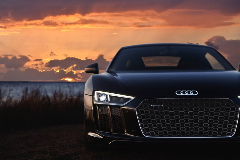 Your Ridiculously Awesome Audi R8 Wallpaper Is Here