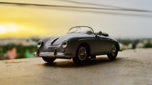 Illustration for article titled Hour Rule - Happy 70, Porsche!