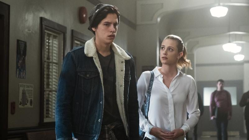Cole Sprouse and Lili Reinhart (Photo: The CW)