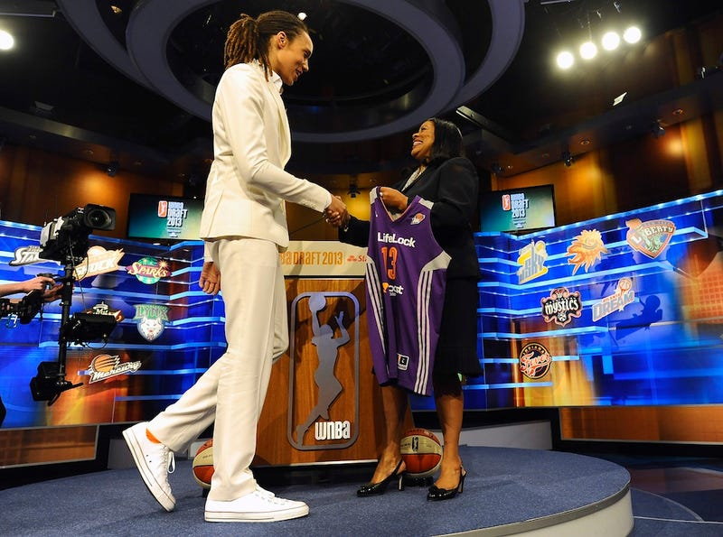 Illustration for article titled Brittney Griner Outs Herself As Already Out