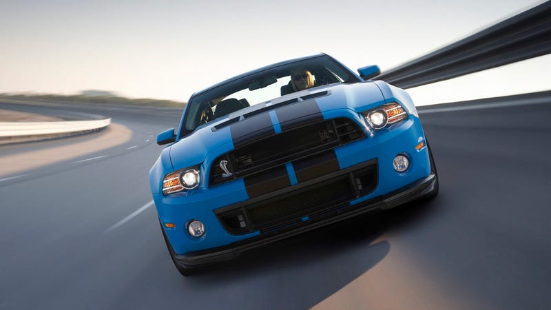 Illustration for article titled The 2013 Shelby GT500 wants to make the Camaro ZL1 its bitch