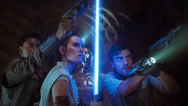 All the New Things We Learned From Star Wars: The Rise of Skywalker s Home Release