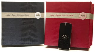 Illustration for article titled Motorola Gifts Personalized Copies of Its ROKR E8 to Oscar Nominees