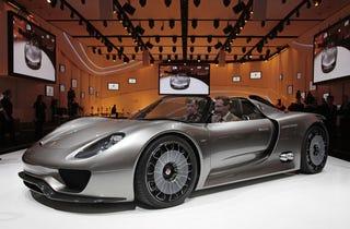 Illustration for article titled Porsche 918 Spyder: Best Sounding. Hybrid. EVER.