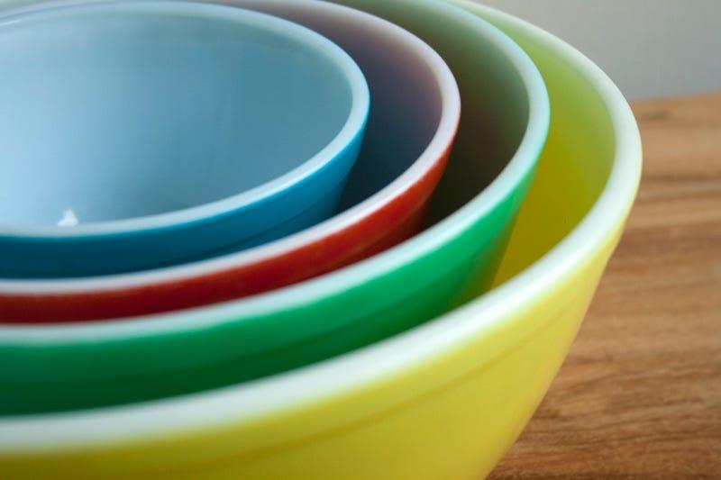 Illustration for article titled Lifechanger: Vintage Pyrex Colors