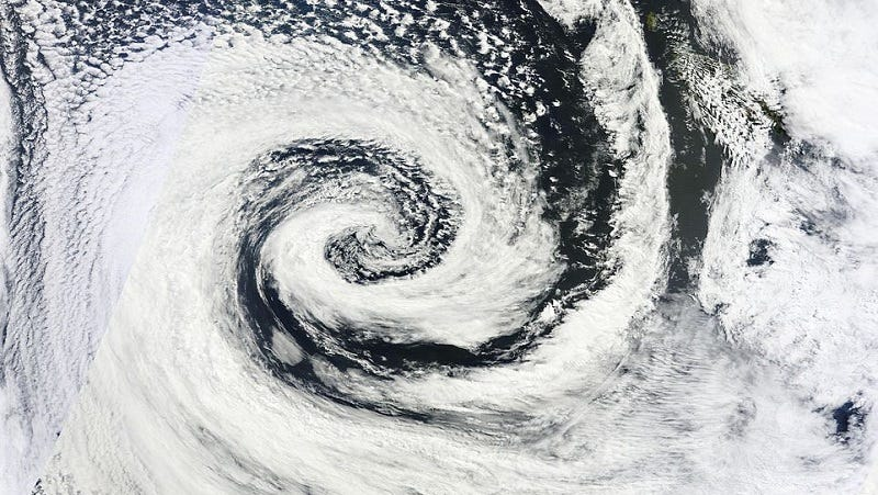 Illustration for article titled The Fujiwhara Effect Makes Cyclones Dance Around Each Other