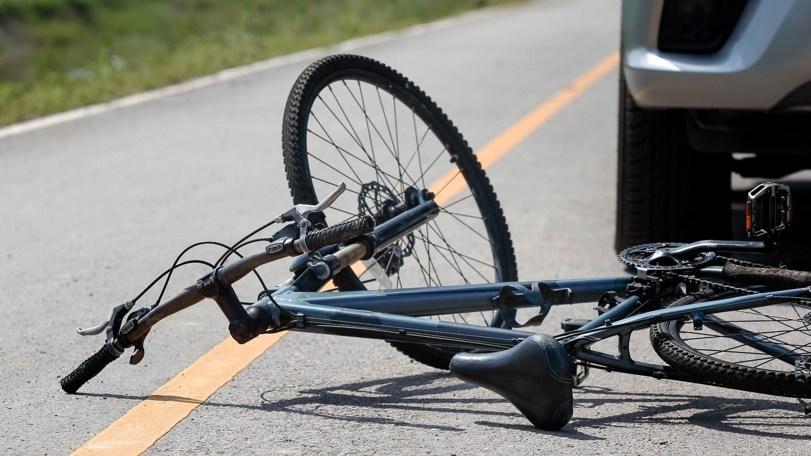 Study: 90% Of Bike Accidents Preventable By Buying Car Like A Normal Person