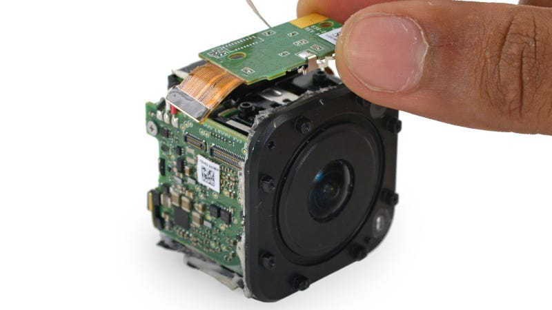 Illustration for article titled What's Inside GoPro's Tiny New Camera?
