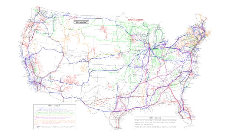 Illustration for article titled Every Bus and Amtrak Route Across the US, Mapped