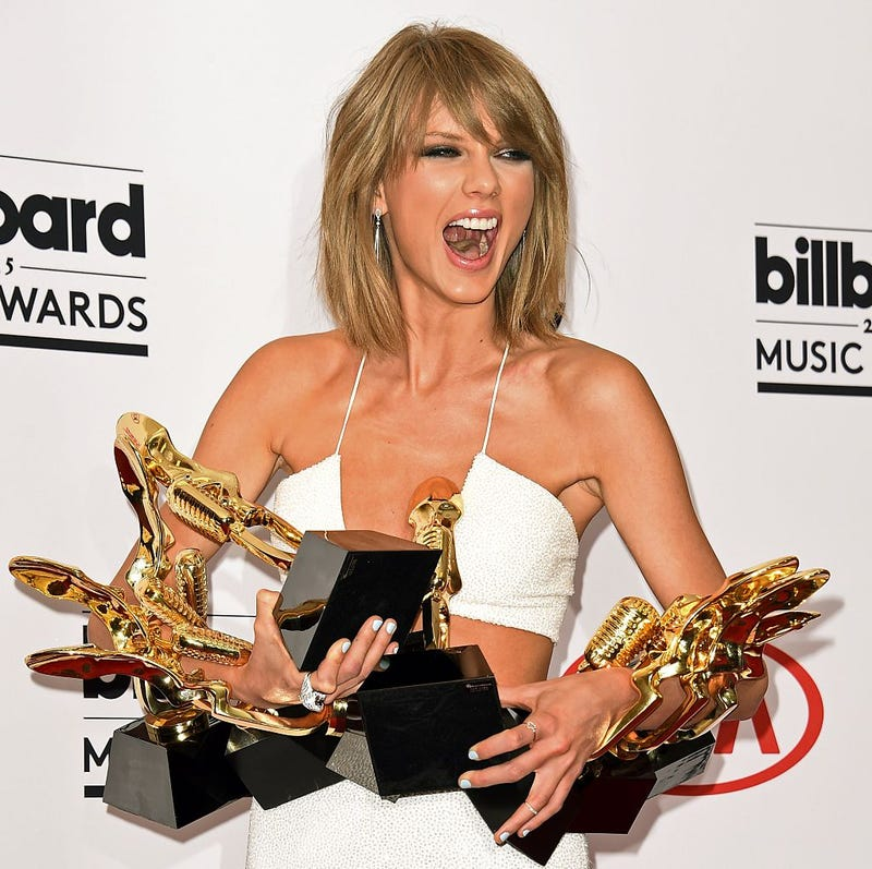 Illustration for article titled Taylor Swift Is Richer Than God, And a Hell Of a Lot Richer Than Kenny Chesney