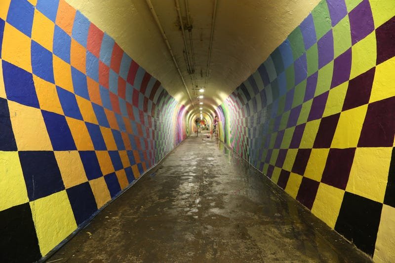 Illustration for article titled This Subway Tunnel Looks Like A Portal To A Psychedelic Fantasy World