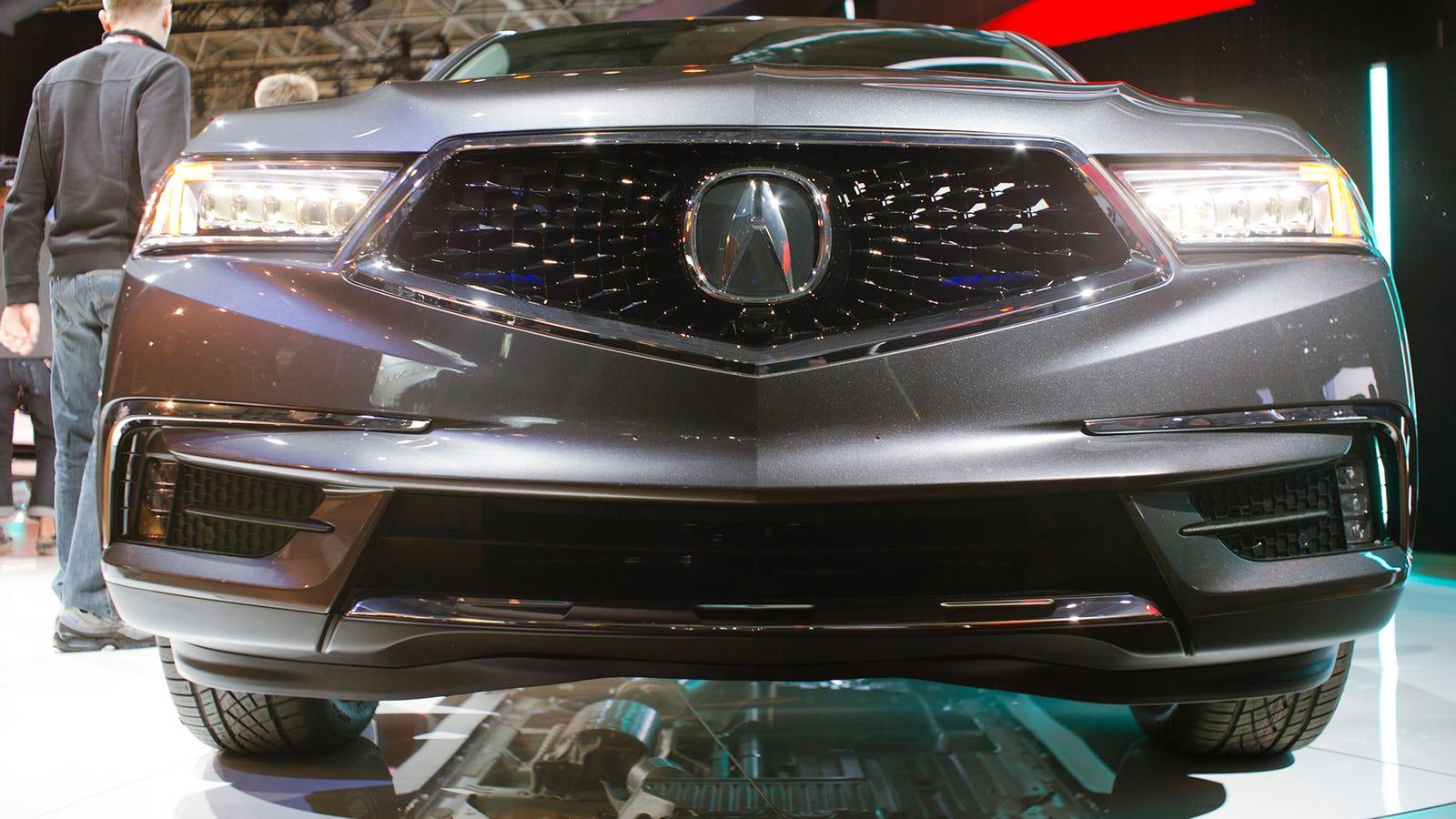 The 2017 Acura MDX Still Looks Cheap