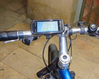 Illustration for article titled Mount Your Phone to Your Bike for $5