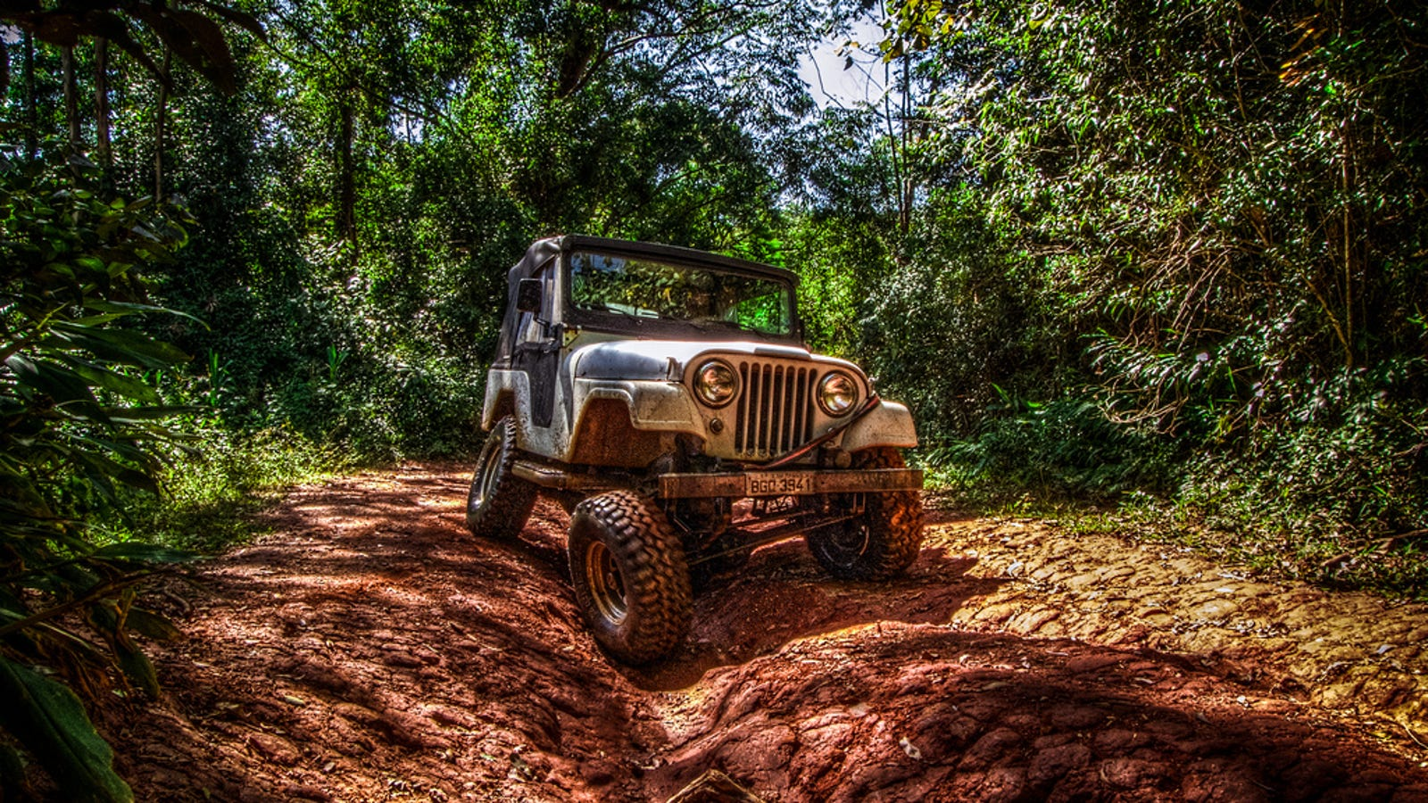 This Is What Makes A Vehicle Unstoppable Off-Road