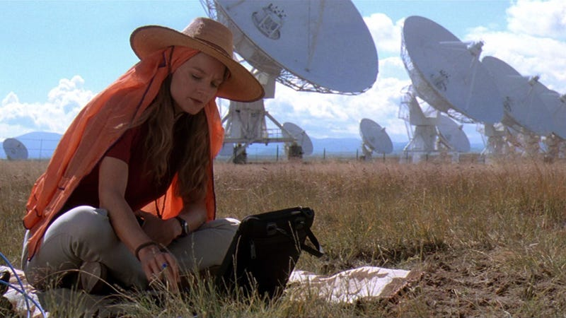 Jodie Foster in Contact (1997).
