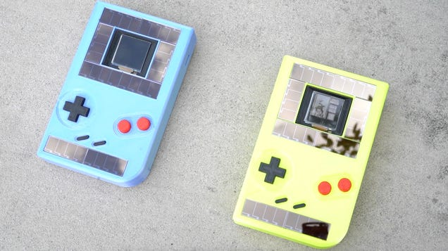 This Battery-Free Game Boy Is the First Step Toward Ensuring Gaming Doesn't Wreck the Planet