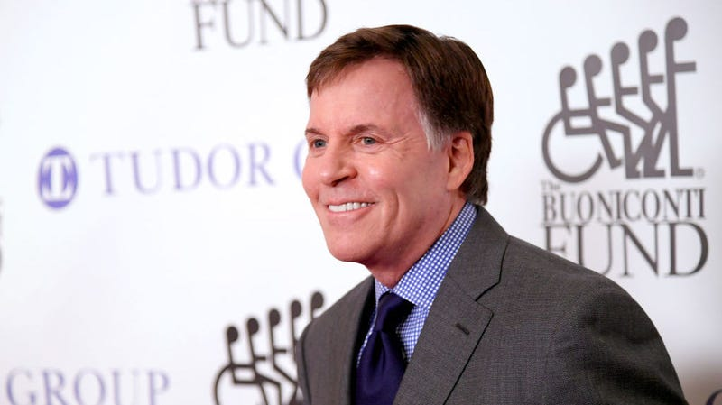 Illustration for article titled Bob Costas Was Ousted From 2018 Super Bowl for Saying Football 'Destroys People's Brains'