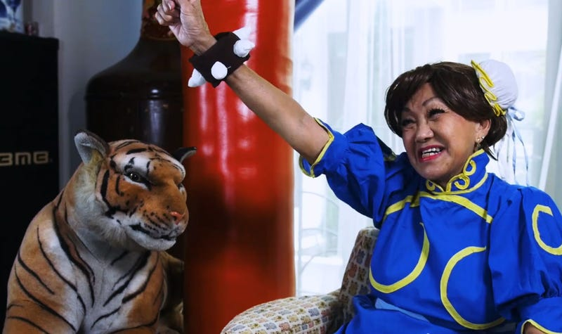 Illustration for article titled Chun-Li Cosplayer Is 70 Years Old