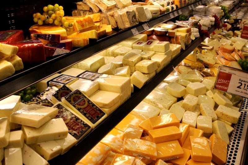 En Estados Unidos hay una montaña gigantesca de reservas de queso.
