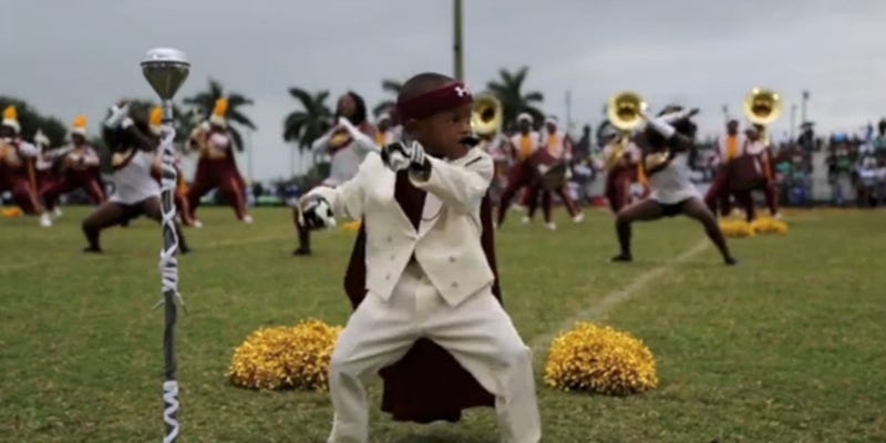 Illustration for article titled This 5-Year-Old Drum Major Is the Best Thing You'll See all Week