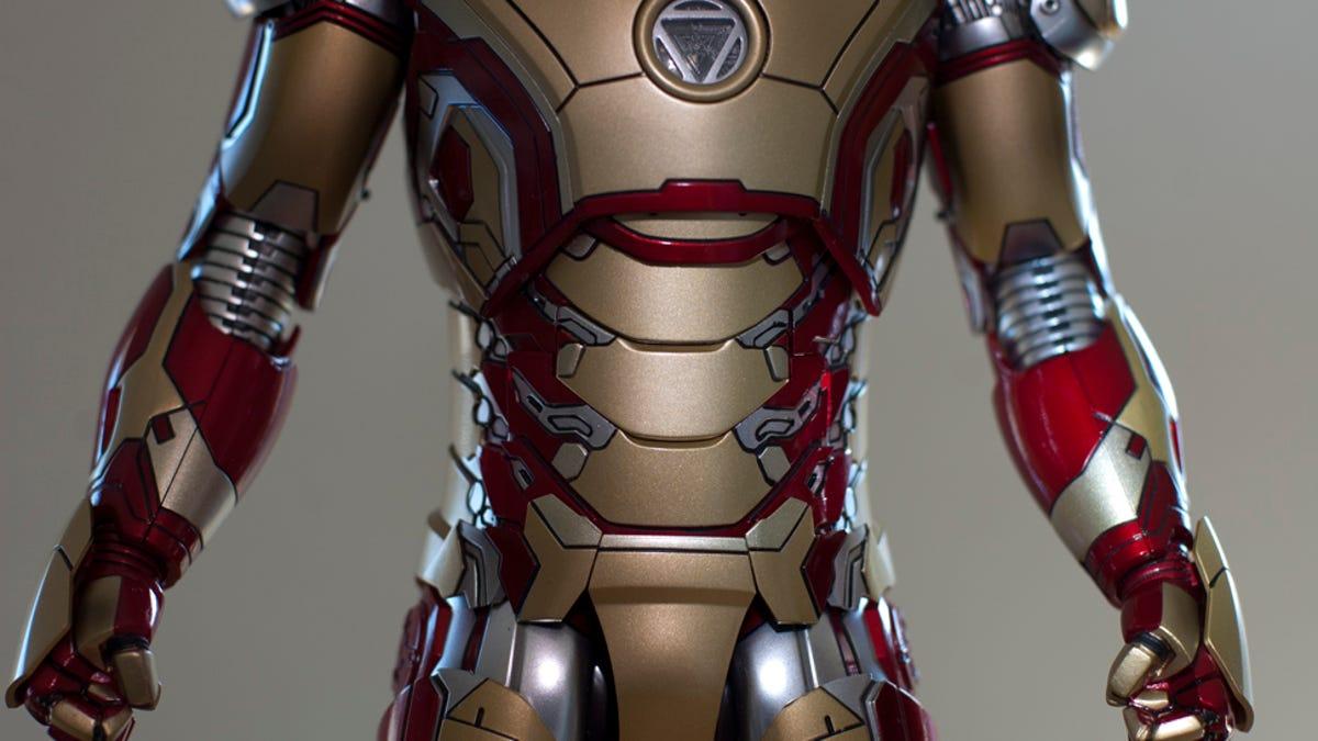 Iron man faceplate hinge dating